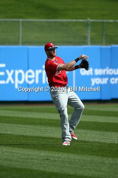Craig Gentry - Los Angeles Angels 2016 spring training (Bill Mitchell)