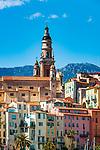 Frankreich, Provence-Alpes-Côte d'Azur, Menton: Altstadt mit Basilika Saint-Michel-Archange | France, Provence-Alpes-Côte d'Azur, Menton: View over old town with Basilica Saint-Michel-Archange