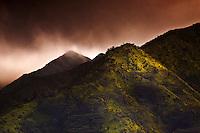 Sunrise over the Ko'olau Mountains, O'ahu