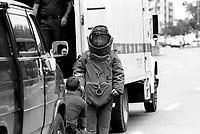 Photo d'archive de la police <br /> de Montreal,durant une alerte a la bombe<br /> ,12 Juin 1994<br /> <br /> PHOTO :  AGENCE QUEBEC PRESSE