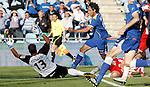Getafe's Daniel Parejo against Almeria's Miguel Garcia Corona and Esteban Ruiz during La Liga Match. May 07, 2011. (ALTERPHOTOS/Alvaro Hernandez)