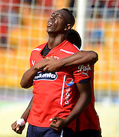 MEDELLIN - COLOMBIA - 15-08-2015: Juan Caicedo jugador del Independiente Medellin celebra su gol contra el  Independiente  Santa Fe  durante partido  por la fecha 6 de la Liga Aguila II 2015 jugado en el estadio Atanasio Girardot. / Juan Caicedo player of Independiente Medellin celebrates his goal against  of Independiente Santa Fe   during a match for the sx date of the Liga Aguila II 2015 played at Atanasio Girardot stadium in Medellin city. Photo: VizzorImage / Leon Mosalve  / Str.