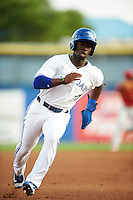 Dunedin Blue Jays designated hitter J.D. Davis (3) running the bases during a game against the Palm Beach Cardinals on April 15, 2016 at Florida Auto Exchange Stadium in Dunedin, Florida.  Dunedin defeated Palm Beach 8-7 in ten innings.  (Mike Janes/Four Seam Images)