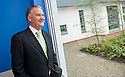 20/08/2010   Copyright  Pic : James Stewart.011_mental_health_unit  .::  NHS FORTH VALLEY ROYAL HOSPITAL :: NHS TRUST CHAIRMAN IAN MULLEN TAKES A TOUR OF THE NEW MENTAL HEALTH UNIT ::