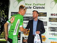 Labour MP Kieran McAnulty shakes hands with tour leader Nick Reddish. Stage Three of the 2018 NZ Cycle Classic UCI Oceania Tour (Masterton to Martinborough) in Wairarapa, New Zealand on Friday, 19 January 2018. Photo: Dave Lintott / lintottphoto.co.nz
