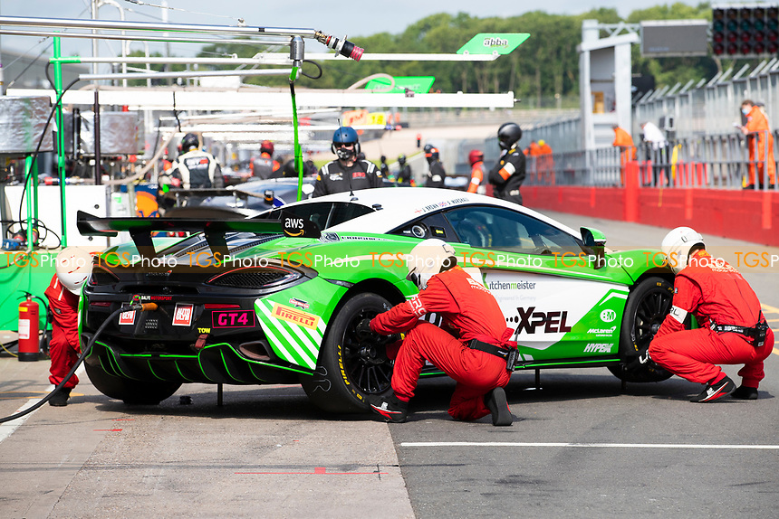 The pit crew of Jack Brown & Ashley Marshall, McLaren 570S GT4, Bale Motorsport in action during the British GT & F3 Championship on 11th July 2021