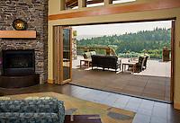 Seattle resort with sliding doors between patio and living room