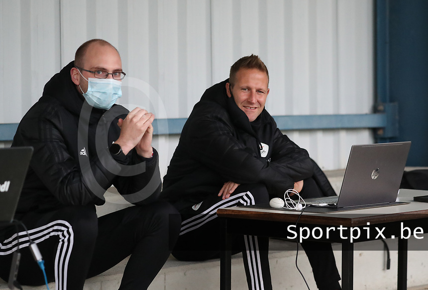Staff members of OHL pictured before a female soccer game between Oud Heverlee Leuven and Femina White Star Woluwe  on the 5 th matchday of the 2020 - 2021 season of Belgian Womens Super League , Sunday 18 th of October 2020  in Heverlee , Belgium . PHOTO SPORTPIX.BE | SPP | SEVIL OKTEM
