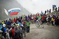 Fabio Sabatini (ITA/Etixx-Quickstep) turning up the dirt roads of the Colle delle Finestre (2178m)<br /> <br /> Giro d'Italia 2015<br /> stage 20: Saint Vincent - Sestriere (199km)