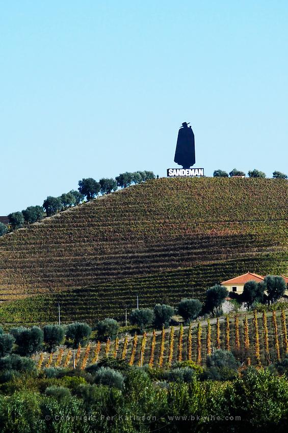 vineyards sandeman sign douro portugal