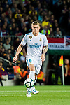 Toni Kroos of Real Madrid in action during the La Liga 2017-18 match between FC Barcelona and Real Madrid at Camp Nou on May 06 2018 in Barcelona, Spain. Photo by Vicens Gimenez / Power Sport Images