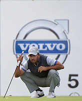 17.10.2014. The London Golf Club, Ash, England. The Volvo World Match Play Golf Championship.  Day 3 group stage matches.  Pablo Larrazabal [ESP] fifth green.