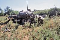 Kossovo, Serbian tank destroyed  by  NATO attacks with depleted uranium grenades....- Kossovo, carro armato serbo distrutto dai bombardamenti NATO con proiettili all'uranio impoverito