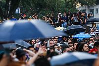 SÃO PAULO, SP, 19.05.2019: VIRADA-SP - A cantora Pitty se apresenta no palco da avenida Rio Branco durante a Virada Cultura na manhã deste domingo (19) em São Paulo. (Foto: Carla Carniel/Código19)