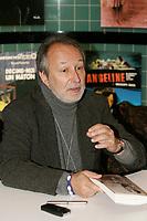 Jerome Clement<br /> , author at Montreal's Salon du Livre 2005<br /> photo : Roussel  - Images Distribution