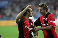 Alex Meier und Sotiros Kyrgiakos (beide Eintracht Frankfurt) jubeln über das 2:1