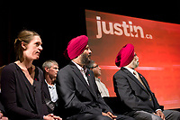 October 2nd 2012 - Montreal , quebec,  CANADA -<br /> Papineau Federal MP Justin Trudeau officially annnonce he is running for leadership of the Liberal Party of Canada, following his father Pierre Eliott Trudeau footsteps. His wide Siphie Gregoire and 2 kids accompany him onstage.
