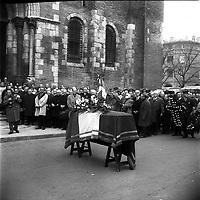 Basilique Saint-Sernin. 6 décembre 1969. Obsèques de Didier Daurat