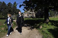 CoviTime.<br /> Roma al tempo del Coronavirus, scene di vita quotidiana a Villa Torlonia, villa di Roma sita nel quartiere Nomentano.<br /> Rome at the time of the Coronavirus, images of daily life in Villa Torlonia, park in Rome.
