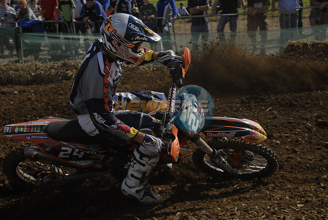 Shaun Simpson (GBR) corners hard during the MX2 Grand Prix Race2 in the Motocross Grand Prix at Fairyhouse Race Course, Co.Meath, Ireland, 31st August 2008.(Photo Eoin Clarke/Newsfile)