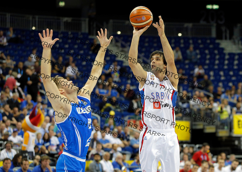 Serbia's Milos Teodosic shoots the ball during European championship group B basketball match between Serbia and Iceland on 08. September 2015 in Berlin, Germany  (credit image & photo: Pedja Milosavljevic / STARSPORT)
