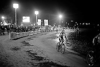 cross alongside the lake at night<br /> <br /> Zilvermeercross 2014