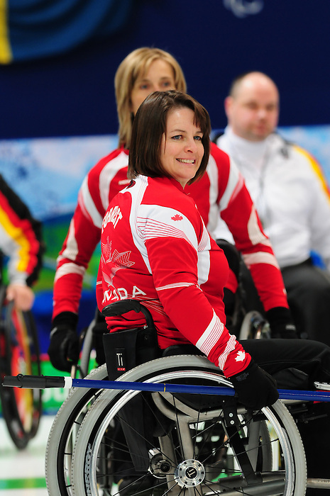 Ina Forrest, Vancouver 2010 - Wheelchair Curling // Curling en fauteuil roulant.<br /> Team Canada competes in Wheelchair Curling // Équipe Canada participe en curling en fauteuil roulant. 17/03/2010.