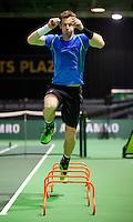 Februari 09, 2015, Netherlands, Rotterdam, Ahoy, ABN AMRO World Tennis Tournament, Warming up Andy Murray<br /> Photo: Tennisimages/Henk Koster