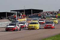 Round 2 of the 2005 British Touring Car Championship. Race start.