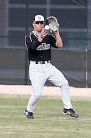 March 17, 2010:  Left Fielder Drew Walsh of the Long Island Blackbrids at Lake Myrtle Park in Auburndale, FL.  Photo By Mike Janes/Four Seam Images