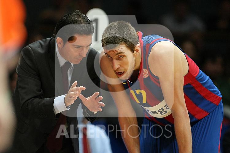 FC Barcelona's coach Xavi Pascual and Fran Vazquez during Euroleague Basketball match. March 30, 2010. (ALTERPHOTOS/Acero)