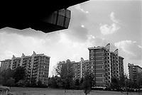milano, quartiere certosa - musocco, periferia nord. palazzi residenziali visti dal sottopassaggio dell'autostrada --- milan, certosa - musocco district, north periphery. apartment blocks seen from the underpass of the highway