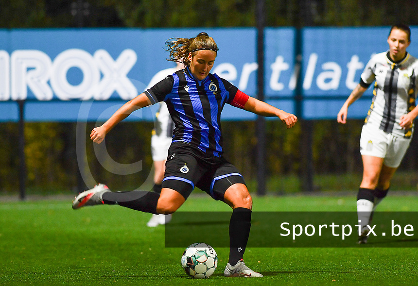 Brugge's Ellen Martens pictured during a female soccer game between Sporting Charleroi and Club Brugge YLA on the fourth matchday of the 2020 - 2021 season of Belgian Scooore Womens Super League , friday 9 nd of October 2020  in Marcinelle , Belgium . PHOTO SPORTPIX.BE | SPP | DAVID CATRY