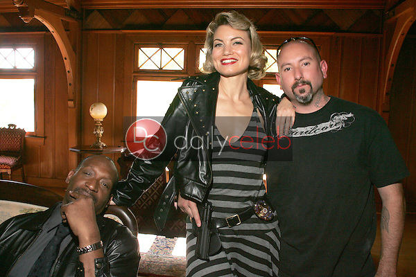 """Tony Todd with Rena Riffel and Producer David Forline<br />on the set of the upcoming feature film """"Dark Reel"""" slated for June 2007 release. Private Location, Altadena, CA. 11-15-06<br />Dave Edwards/DailyCeleb.com 818-249-4998<br />Exclusive"""