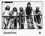 Gentle Giant on Capitol Records. Kerry Minnear, Derek Shulman, Gary Green, Ray Shulman and John Weathers. March 1976.photo from promoarchive.com/ Photofeatures