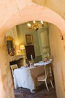 Europe/France/Aquitaine/24/Dordogne/Monestier: Maison d'Hôtes: Château des Baudry - détail de la salle à manger
