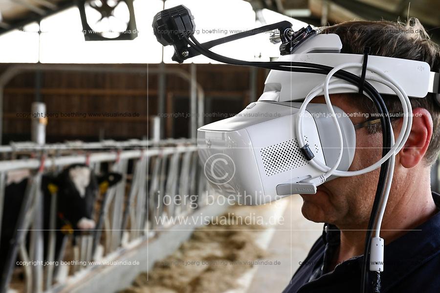 GERMANY, Echem, smart dairy cow milk farm, digitalization of agriculture, digital cow goggles to simulate and analyse the cow perception / DEUTSCHLAND, Landwirtschaftlichen Bildungszentrum (EBZ) in Echem, Digitalisierung im Kuhstall und Melkstand, Digitale Kuhbrille, Simulation und Analyse der Wahrnehmung der Kuh, Projektleiter Benito Weise