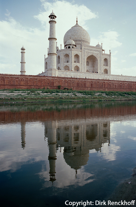 Indien, Agra (Uttar Pradesh) Taj Mahal, erbaut ab 1631 von Shah Jahan, Unesco-Weltkulturerbe