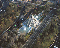 aerial photograph of the Monument to La Raza at the Circuito Interior highway, Mexico City | fotografía aérea del Monumento a La Raza en la carretera del Circuito Interior, Ciudad de México