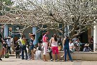 Cuba, an der PLaza Marti in Vinales, Provinz Pinar del Rio
