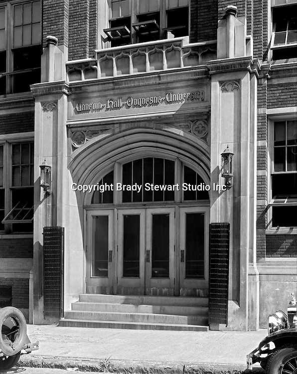 Pittsburgh PA:  Exterior view of the school of Education at Duquesne University.<br /> Brady Stewart was hired to photography the campus, classrooms and offices for a publication to increase enrollment at the Catholic University.