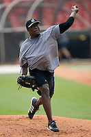 Birmingham Barons pitcher Corwin Malone gets some work in on the side at Hoover Metropolitan Stadium in Birmingham, AL, Saturday, August 19, 2006.