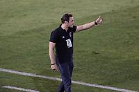 Campinas (SP), 14/08/2020 - Ponte Preta - Vitória-BA - Bruno Pivetti, tecnico do Vitoria. Partida entre Ponte Preta e Vitória-BA pelo Campeonato Brasileiro 2020 da serie B, nesta sexta-feira (14), no Estádio Moisés Lucarelli, em Campinas (SP).