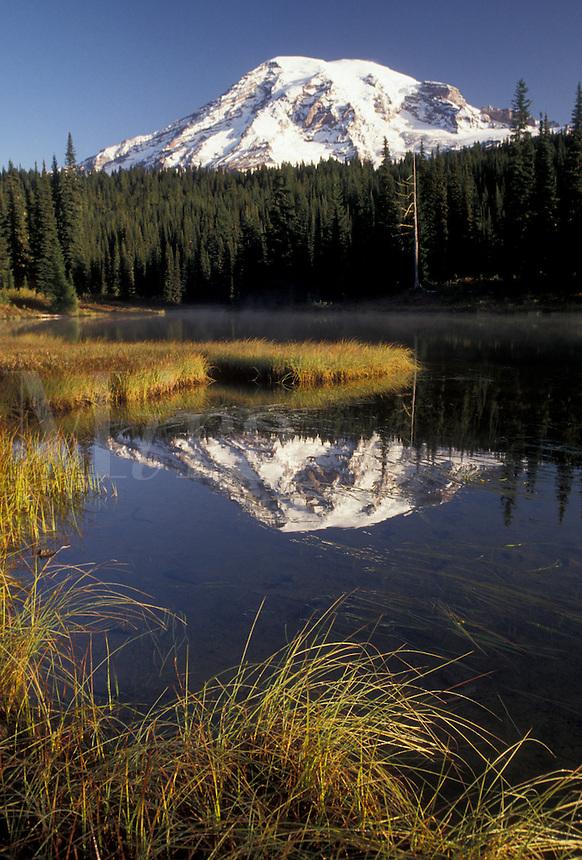 AJ3706, Mount Rainier, Mt. Rainier National Park, Cascades, Cascade Range, Washington, Scenic view of the snow covered Mt. Rainier reflecting in the calm waters of Reflection Lake in the Cascade Mountain Range in Mount Rainier Nat'l Park in the state of Washington.