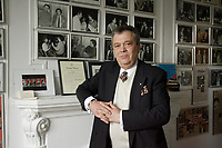 EXCLUSIF -<br /> l'impresario, producteur et journaliste<br /> Michel Buruiana,<br /> Mai 2008