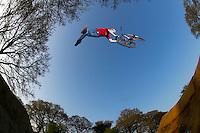 Grant Chopper Fielder . Jump School part 3 , Southampton April 2005..pic copyright Steve Behr / Stockfile