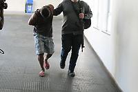 Rio de Janeiro (RJ), 11/09/2020 - Crime-Rio - Movimentação na Cidade da Polícia no Rio de Janeiro na manhã desta sexta-feira (11). O Ministério Público do Rio e a Polícia Civil fazem uma operação contra uma quadrilha de roubos de carga no Riode Janeiro. Até as 10h, eram dez presos na Operação Lacto, sendo que três pessoas já estavam detidas por outros crimes.