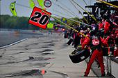 #20: Christopher Bell, Joe Gibbs Racing, Toyota Supra Rheem pit crew
