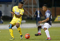 FLORIDABLANCA - COLOMBIA -19-02-2017: Atlético Bucaramanga y Envigado FC en partido por la fecha 4 de la Liga Águila I 2017 jugado en el estadio Álvaro Gómez Hurtado de la ciudad de Floridablanca. / Atletico Bucaramanga and Envigado FC in match for the date 4 of the Aguila League I 2017 played at Alvaro Gomez Hurtado stadium in Floridablanca city. Photo: VizzorImage / Duncan Bustamante / Cont
