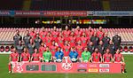 Fussball - 3. Bundesliga - Saison 2020/21<br /> 1. FC Kaiserslautern 8.9.2020<br /> Fritz-Walter-Stadion<br /> Medientag - Mannschaftsvorstellung<br /> <br /> Obere Reihe (v.l.n.r.): Tim Rieder (17), Jonas Scholz (37), Alexander Winkler (4), Janik Bachmann (26), Lukas Gottwalt (28), Kevin Kraus (5), Adam Hlousek (14).<br /> <br /> Zweite Reihe von oben (v.l.n.r.): Bastian Becker (Reha- und Athletiktrainer), Sven Höh (Torwarttrainer), Niklas Martin (Video- und Gegneranalyse), Marvin Pourié (9), Elias Huth (32), Lucas Röser (18), André Hainault (35), Peter Miethe (Zeugwart), Wolfgang Wittich (Zeugwart), Dr. Harald Dinges (Mannschaftsarzt).<br /> <br /> Dritte Reihe von oben (v.l.n.r.): Boris Schommers (Cheftrainer), Kevin McKenna (Co-Trainer), Mohamed Morabet (27), Anas Bakhat (36), Carlo Sickinger (25), Philipp Hercher (23), Ricardo Bernardy (Physiotherapeut), Frank Sänger (Physiotherapeut), Norman Schild (Physiotherapeut).<br /> <br /> Untere Reihe (v.l.n.r.): Marius Kleinsorge (22), Hendrick Zuck (21), Dominik Schad (20), Jonas Weyand (13), Avdo Spahic (1), Lorenz Otto (31), Matheo Raab (40), Hikmet Ciftci (6), Simon Skarlatidis (10), Nicolas Sessa (8).<br /> <br /> <br /> Foto © PIX-Sportfotos *** Foto ist honorarpflichtig! *** Auf Anfrage in hoeherer Qualitaet/Aufloesung. Belegexemplar erbeten. Veroeffentlichung ausschliesslich fuer journalistisch-publizistische Zwecke. For editorial use only. DFL regulations prohibit any use of photographs as image sequences and/or quasi-video.